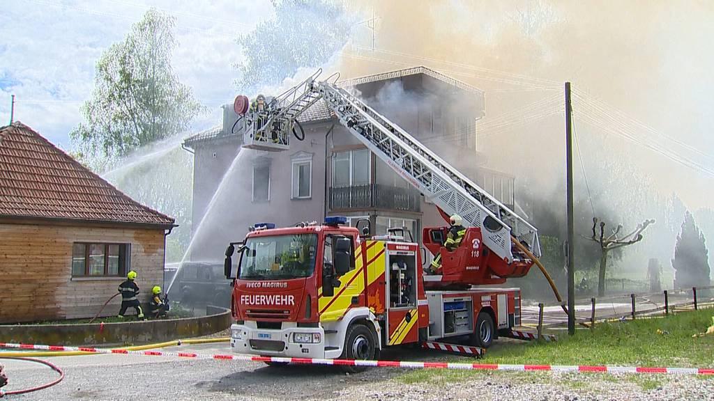Mehrfamilienhaus in Salmsach komplett niedergebrannt