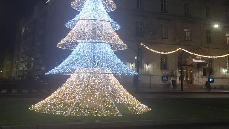 Kitschige Weihnachtsbeleuchtung.Feiern Ist Familiensache Niederamt Solothurn Az Solothurner