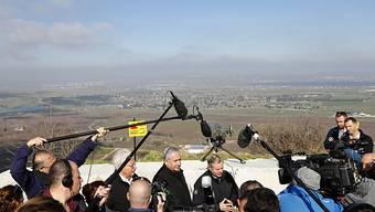 Besuch des israelische Regierungschefs Benjamin Netanjahu (Mitte) auf den Golanhöhen am 11. März, zusammen mit US-Senator Lindsey Graham (r) und dem US-Botschafter in Israel, David Friedman.