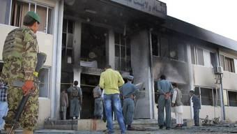 Ein Selbstmordattentat erschüttert den Sitz des Provinzgouverneurs in der afghanischen Stadt Talokan