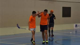 Spass und Kollegialität werden beim Unihockey-Turnier grossgeschrieben. Hier eine Szene aus einem der letzten Turniere. Bild: zvg/PluSport Behindertensport Limmattal