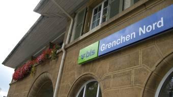 Fassade des Bahnhofs Grenchen Nord.