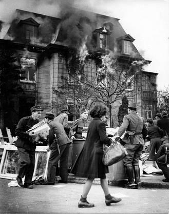 Auch in Basel fielen Bomben, die letzten am 4. März 1945. Trotzdem: Die Stadt war noch einmal davongekommen.