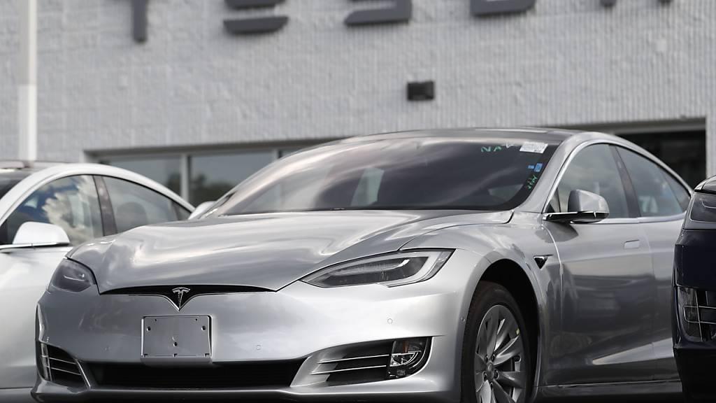 Autovermieter Hertz bestellt 100'000 Tesla