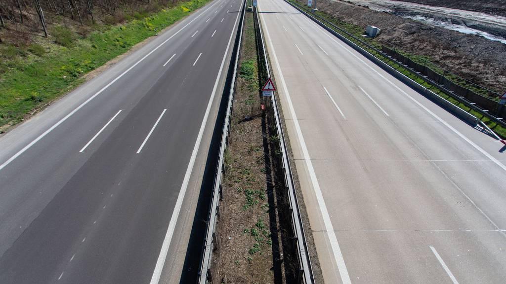 Zwei Schweizer haben sich auf einer deutschen Autobahn ein Rennen geliefert.