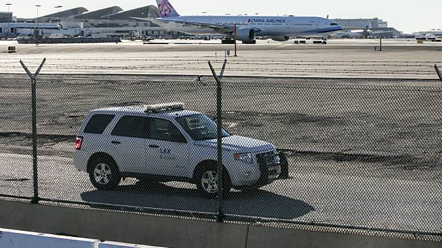 Sicherheitsvorkehrungen beim Flughafen Los Angeles (Archiv)