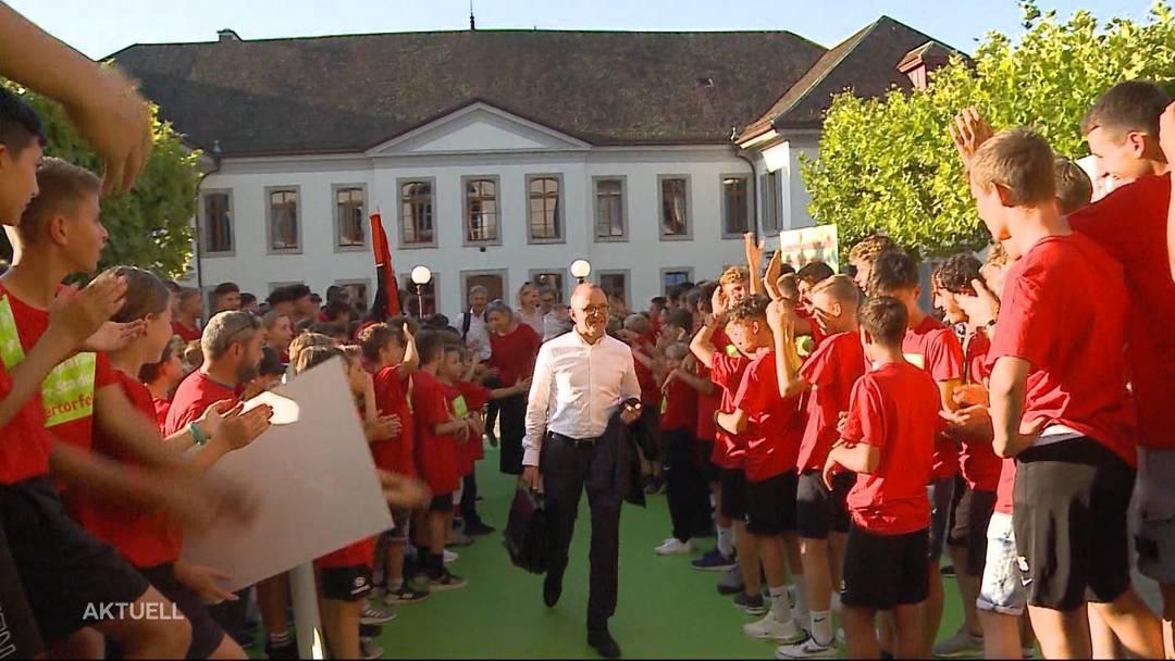 Spalier stehen für das Aarauer Stadion