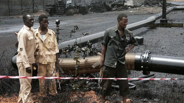 Sudanesische Soldaten auf einem Ölfeld in Heglig