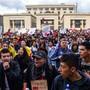 Erneut haben zehntausende Menschen in Kolumbien gegen die Regierung demonstriert. (Foto: Juan Zarama/ EPA Keystone)