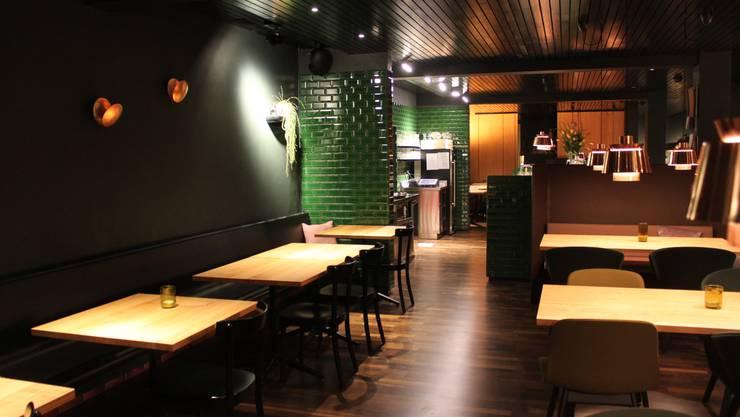 Blick in die neugestaltete Gaststube des Parktheater-Restaurants