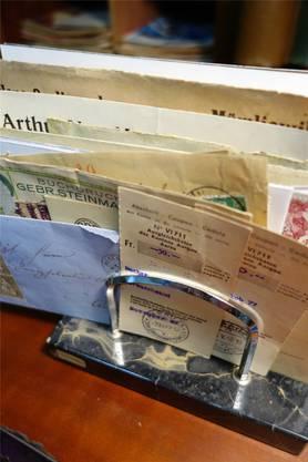 Einzahlungen machte man ausschliesslich auf der Post, Briefe aufgeben auch.