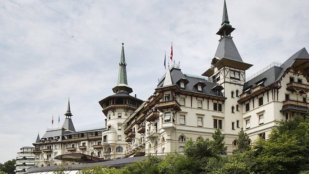 Zollfahnder führten im April 2013 auch eine Hausdurchsuchung in Schwarzenbachs Hotel The Dolder Grand in Zürich durch. (Archivbild)