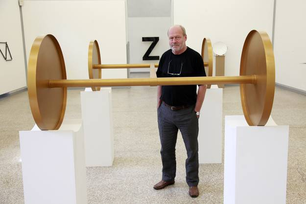 Der Künstler wurde in Solothurn geboren, lebt aber heute in Biel.