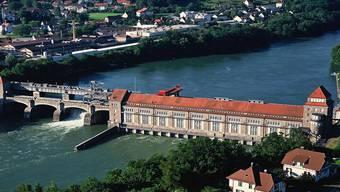 Das Geschäft mit Strom ist in den vergangenen Jahren durch die geplante Energiewende auf beiden Seiten des Rheins schwieriger geworden. AZ/Archiv