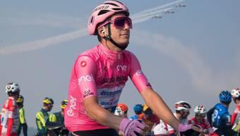 Der Portugiese Joao Almeida nimmt am Giro d'Italia die letzte Woche als Leader in Angriff