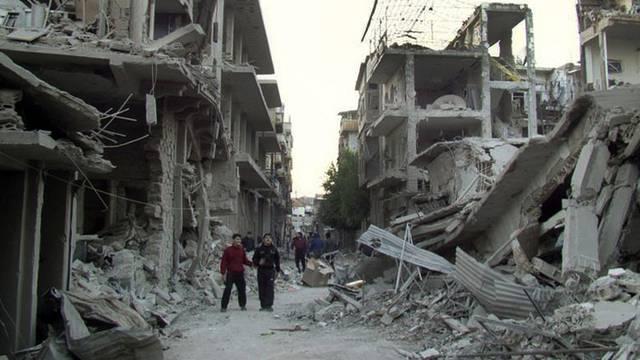 """""""Die Situation ist schlecht"""": Der UNO-Sonderbeauftragte Brahimi zur Situation in Syrien, hier eine Stadt in der Provinz Homs (Archiv)"""