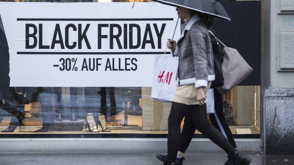 Rabattschlachten wie Black Friday bergen Schuldenrisiko