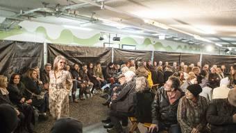 Modeschau des Modegeschäfts Oliverio Baden in der Tunnelgarage