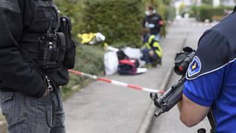 Genf - 07.10.16 - Zwei Personen nach Schussabgaben in Versoix verletzt