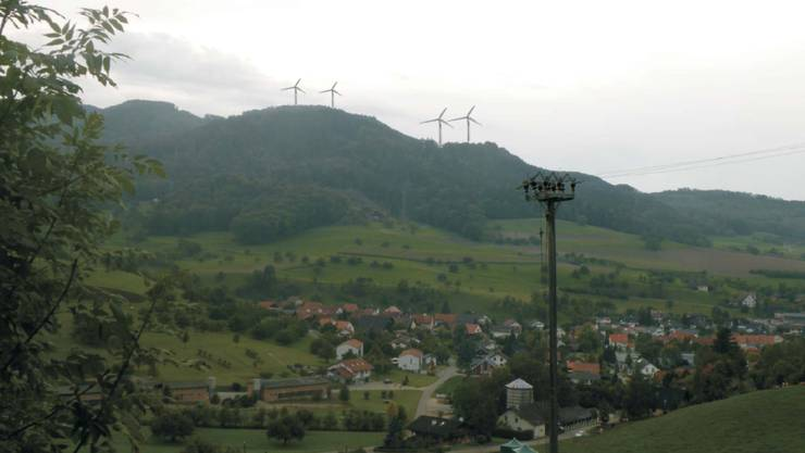 Windpark Burg vom Benkental aus gesehen (im Vordergrund die Gemeinde Oberhof). - Visualisierung: pd