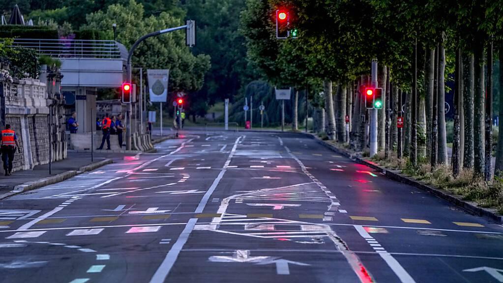 Leere Strassen in Genf am Morgen vor dem Gipfel.