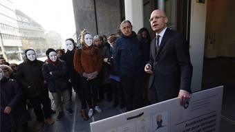 Sicherheitsdirektor Baschi Dürr wird von links immer wieder als zu restriktiv im Umgang mit Sans-Papiers kritisiert. Juri Junkov