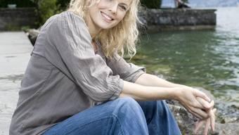Stéphanie Berger am Ufer des Zürichsees in ihrer Wohngemeinde Stäfa. Foto: Heike Grasser