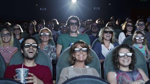 Grosse Kinopaläste gewinnen Marktanteile in der Schweiz. Foto: Getty