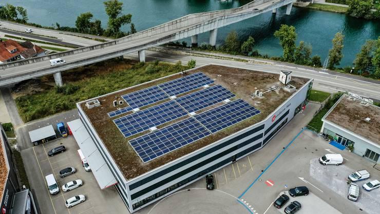 Die Solaranlage auf dem Dach der Mondaine ist 800 Quadratmeter gross.