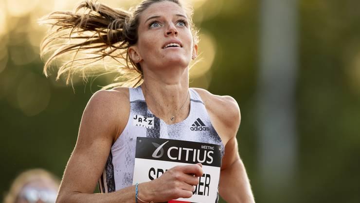 Lea Sprunger: Auch in Bern nicht unter 55 Sekunden.