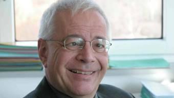 war persönlicher Mitarbeiter von Ex-Finanzminister Willi Ritschard und arbeitet heute als Berater. Er ist Autor des Buches «Die Banken und ihre Schweiz. Perspektiven einer Krise».
