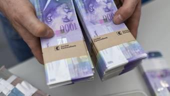 Laut dem Bundesrat werden 1000-Franken-Noten vor allem als Zahlungsmittel verwendet. (Archiv)
