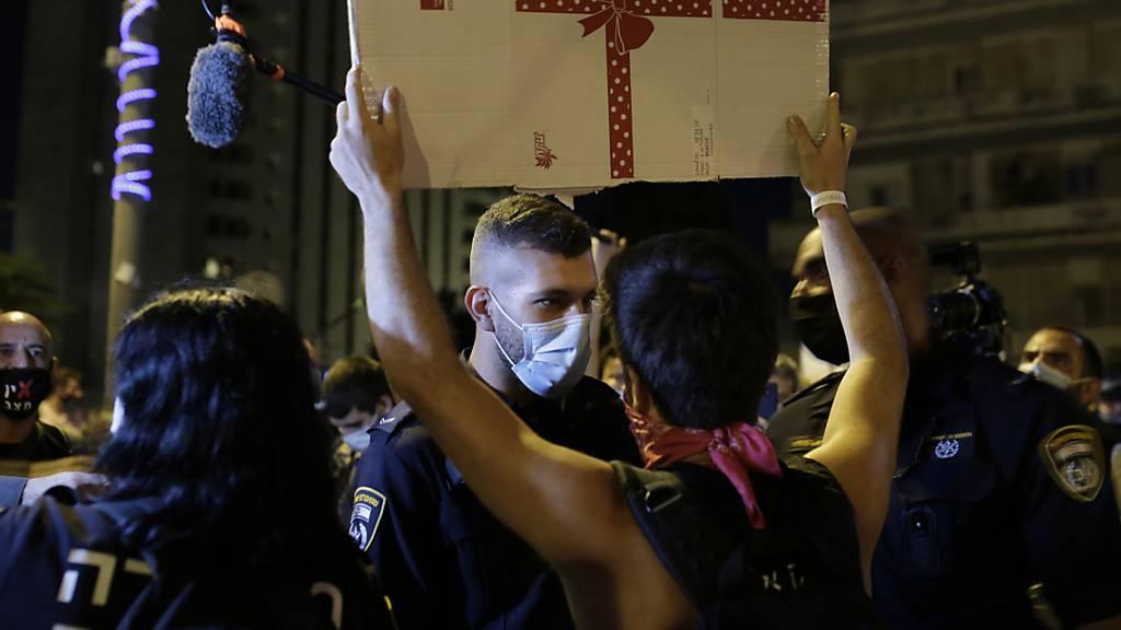 Trotz Corona-Lockdown demonstrieren Tausende in Israel