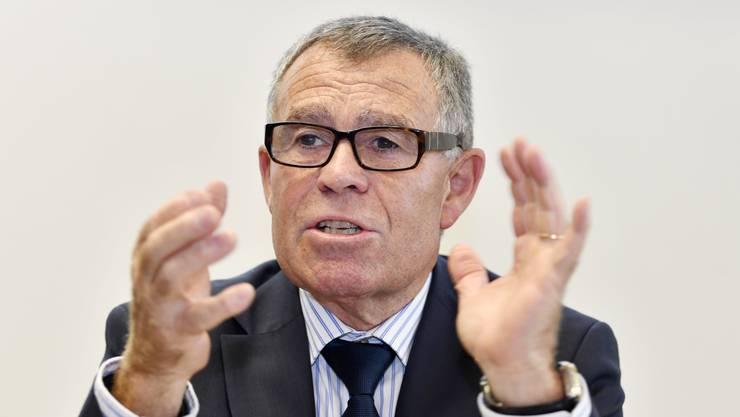Man wolle verhindern, dass jemand in eine soziale Notlage abrutsche, sagte Finanzdirektor Ernst Stocker (SVP).