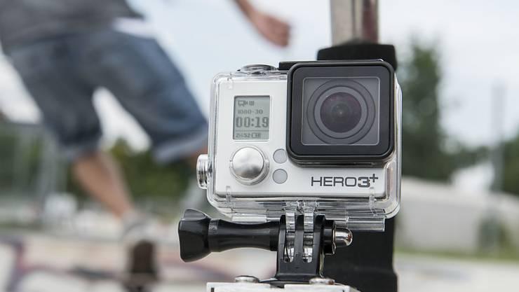 Beliebt bei Skatern, Surfern und Abenteurern: Doch die Actionkamera bringt Hersteller GoPro einen Verlust ein.