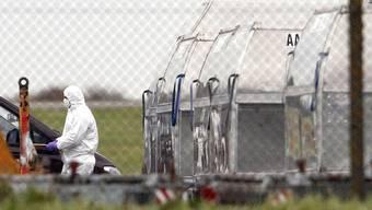 Auf dem Flughafen im englischen East Midlands wurde Ende Oktober eine Paketbombe entschärft (Archivbild)