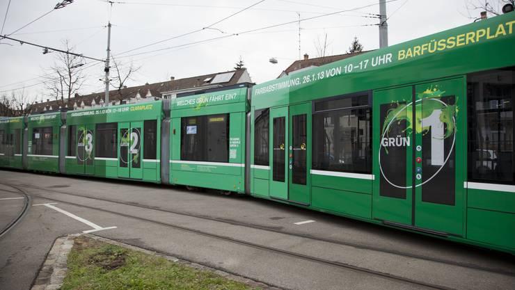 Das sind die verschiedenen Grün für die BVB-Tramflotte.