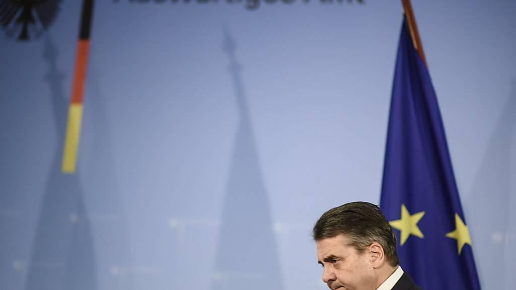 Deutschlands Aussenminister Sigmar Gabriel nach Abschluss seiner Erklärung vor den Medien