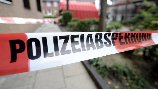 Der Tote wurde von einer Bekannten in seiner Wohnung entdeckt (Symbolbild)