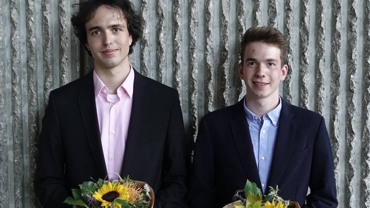 Preisträger 4aN/4dN: Links Parzival Nussbaum, 4aN und Yanick Zengaffinen, 4aN.