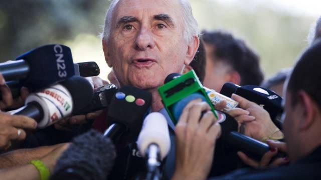 Argentiniens Ex-Präsident Fernando de la Rúa nach dem Freispruch