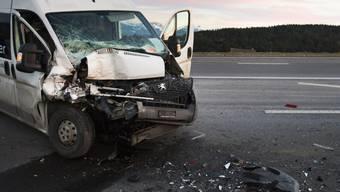 Eine Reihe von Unfällen sorgte für kilometerlange Staus (Symbol)