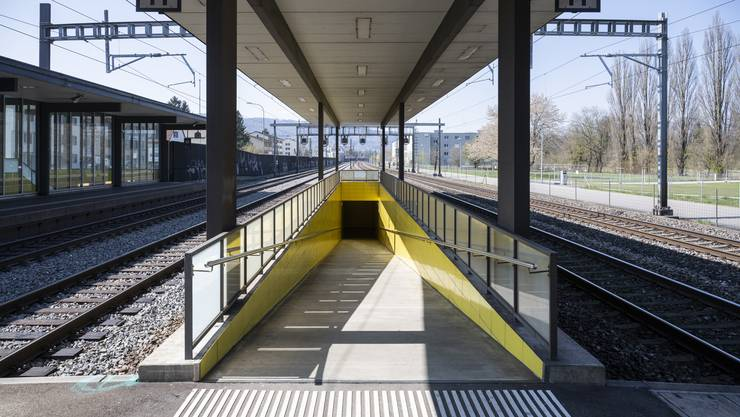 Künftig könnte die Unterführung zum Mittelperron des Bahnhofes Glanzenberg zur Allmend verlängert werden. Wenn da nicht die Finanzierung wäre.