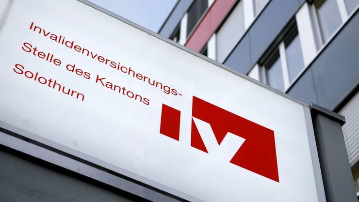 Auch die Solothurner IV-Stelle vergibt einen grossen Teil der Gutachteraufträge an einen kleinen Kreis von Sachverständigen.