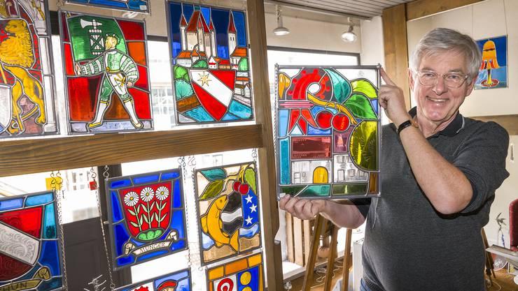 Treffen mit Herr Schläppi, Besitzer einer Glasmalerei, die momentan einen Flohmarkt veranstaltet
