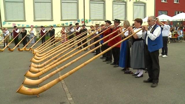 Alphorn-Bläser-Festival in Möriken
