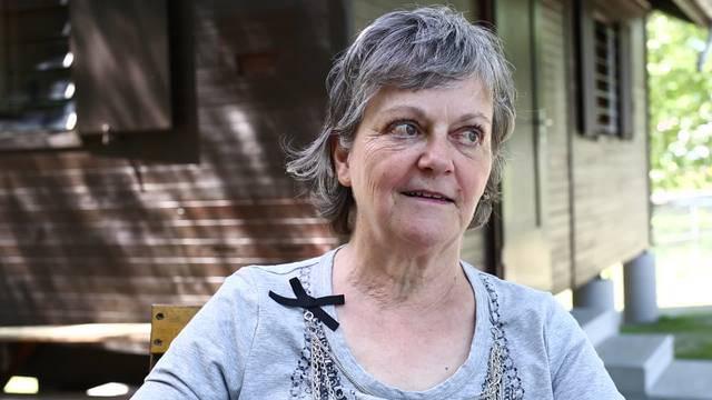 Die Bio-Imkerin Ursula Müller kümmert sich in Königsfelden um zehn Bienen-Völker.