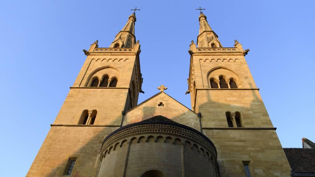 Viele Neu-Eintritte in die Kirche