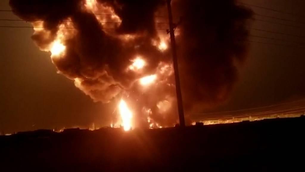 Brennende Tanklaster: Mindestens sieben Tote bei Feuer in Kabul
