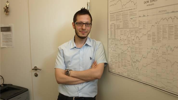 Gökhan Karabas: Parlamentsmitglied der SP Olten, Vizepräsident des Stiftungsrates Lernforum und Sprecher des Anatolischen Kulturvereins.
